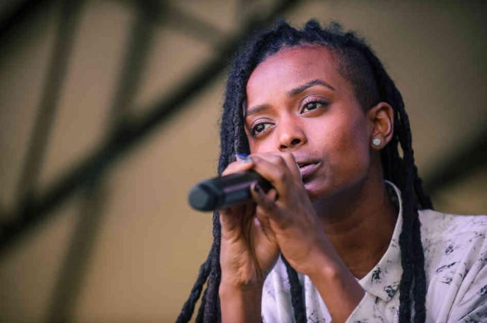 kelela-performs-at-mohawk-for-the-spin-day-party-at_13123475855_l-697b6126f1fccbc394dd98a6636871bbbdb5346d-s6-c30